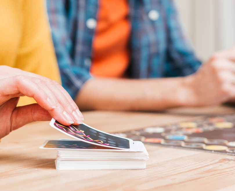 The main tricks in playing card games with kids...