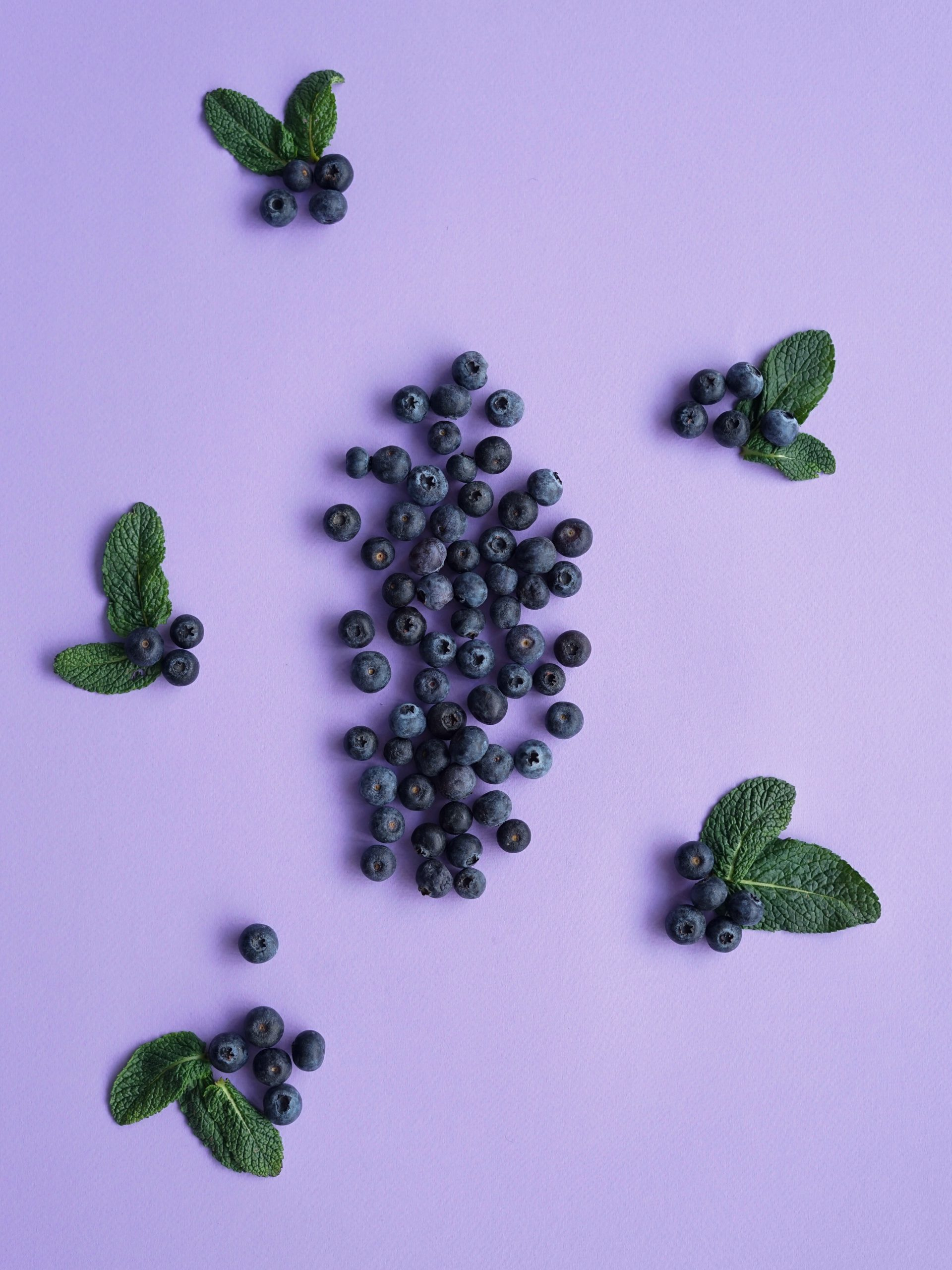 11 benefits of blueberries – backed by science (and 3 delicious blueberry recipes)